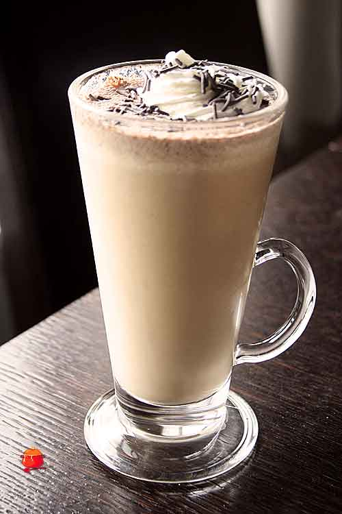 Orzechowa kawa frappe