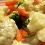 Kotlety mielone w sosie serowo-porowym